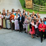"Feierlicher Abschluss des FUMO Mentorings ""Frauen bewegen"" in Unteregg's Kräutergartl"